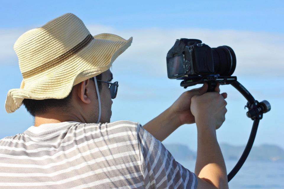 Dax Victorino filming Palawan video using a merlin steadicam